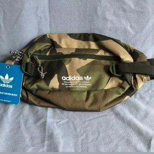 Adidas camo fanny pack 🔥🔥